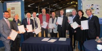 ondertekening overeenkomst veenweiden 1
